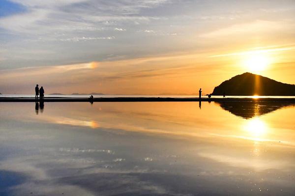 美しい「父母ヶ浜」の夕日