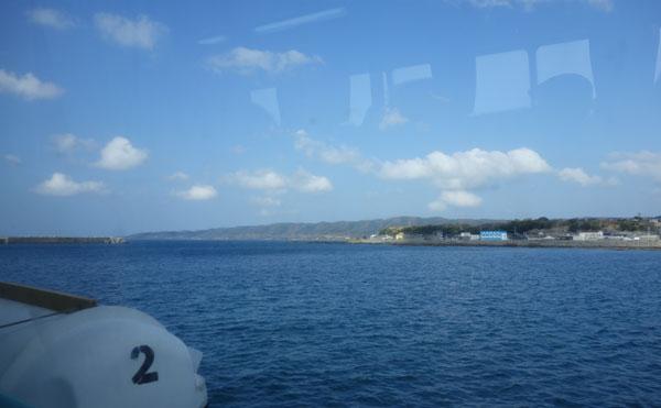 フェリーから見える種子島の風景